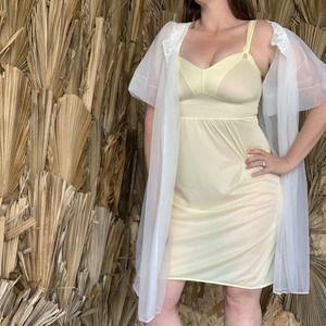 Vintage 1950s Nightgown Pastel Yellow